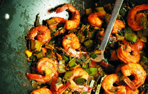leek green shrimp stir fry recipe by Garden Betty's Linda Ly